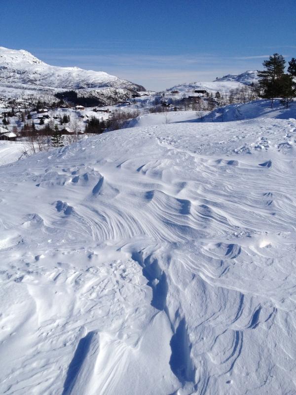 """når vinden """"herjer"""" med snøen blir det jo vakkert...?"""